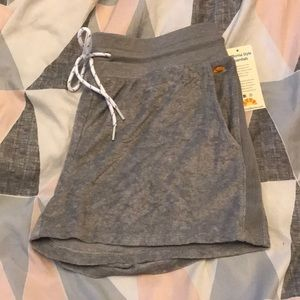 C&C California shorts NWT